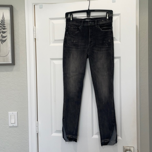 Express Ankle high rise 2R Jean